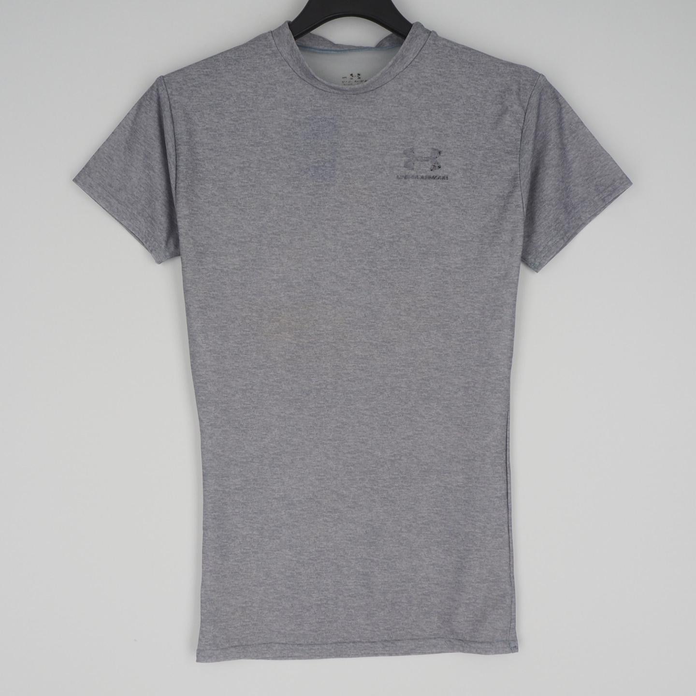 언더아머,반팔 라운드넥 티셔츠,빈티지쇼핑몰,빈티지샵,빈클로